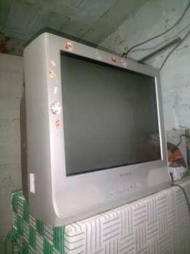 Vendo televisor en muy buen estado