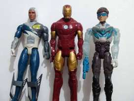Muñecos Coleccionables de Max Steel y Iron man