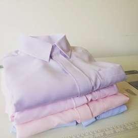 Solicito costurer@ con experiencia en camisa . Producción de camisas , camibusos camisetaa