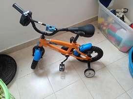 Bicicleta de niño en perfecto estado no tiene que comprarle nada