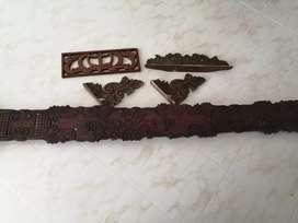 Cenefas de madera tallada