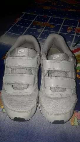 Zapatillas niño originales