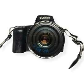 Cámara Análoga Canon EOS 1000QD