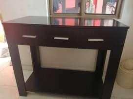 vendo escritorio en madera