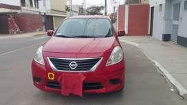 Nissan Versa 2013 GNV/ Gasolina