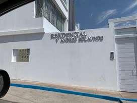 Se vende terreno de 490 m^2 en condominio V.Andres Belaunde