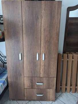 Se vende Armario Viena 180x100x50cm nuevo