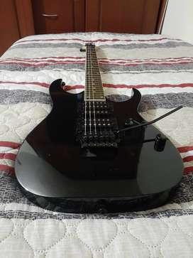 Excelente guitarra Ibañez Gio + amplificador