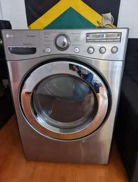 Secadora LG de 32 lb