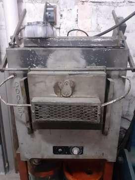 Horno industrial de tratamiento térmico para metales
