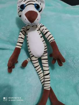 Muñecos Panteras Leopardos