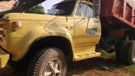 Venpermuto  volqueta Dodge 1980 servicio publico.