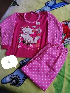 Pijamas luminosas para niños