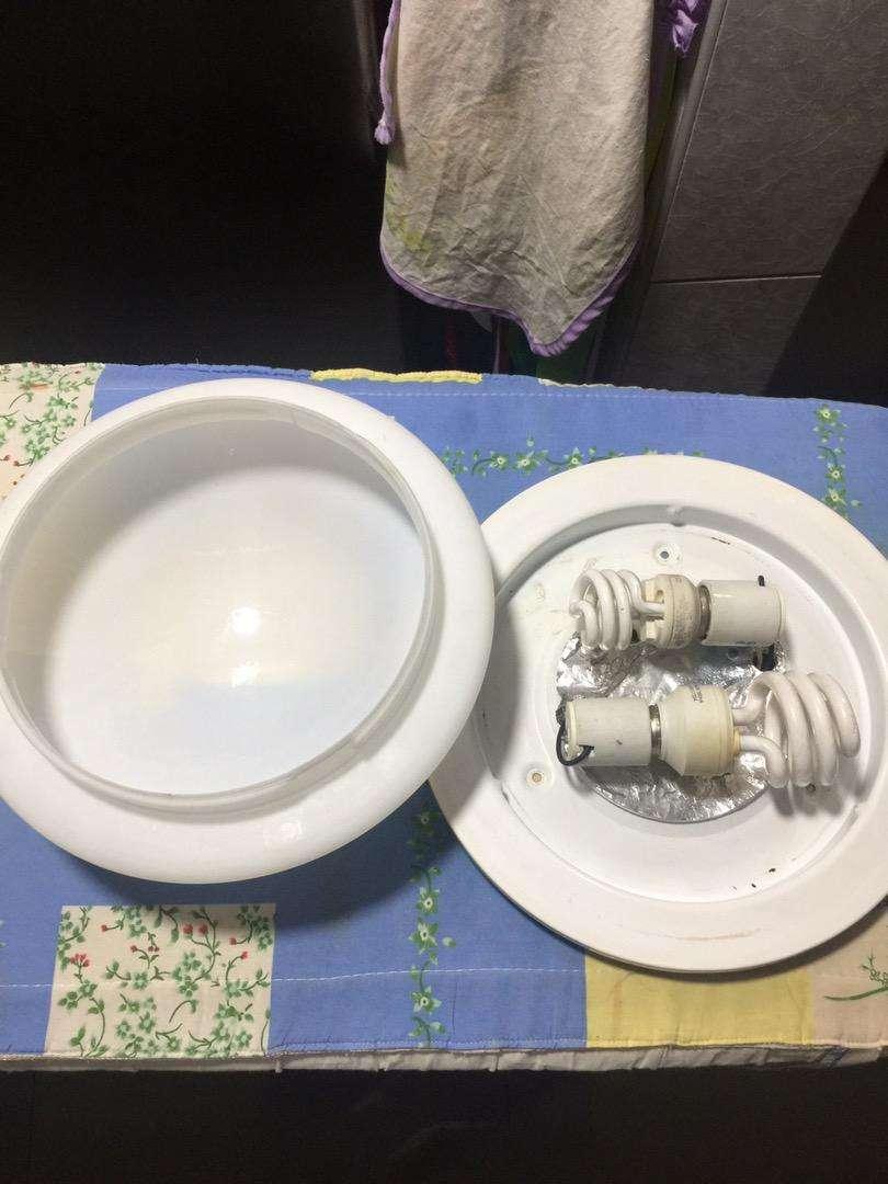 Luminaria de dos  focos ahorradores o led redondo empabonado importada 0
