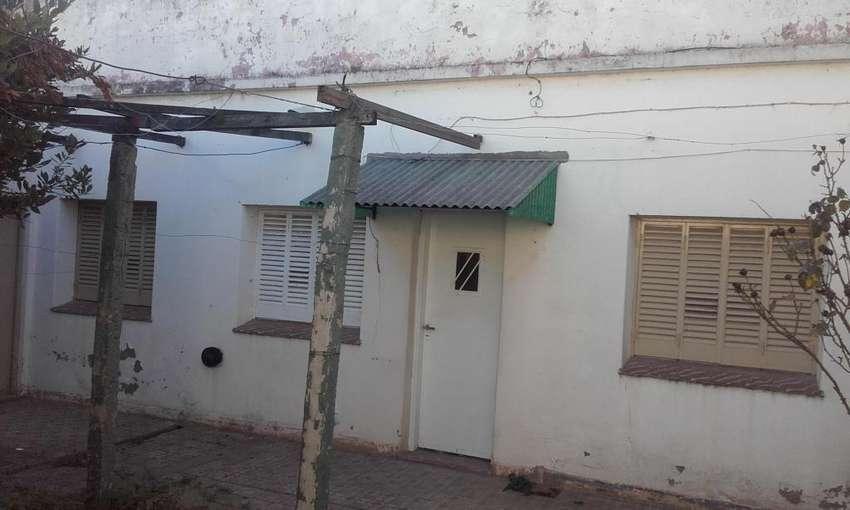 Casa interna, Mendoza 659 2 dormitorios, patio. 0