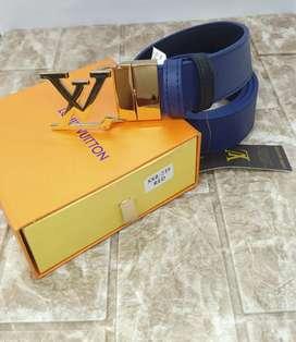 Cinturones de Dama y caballero ferragamo, Calvin Klein ,Louis vouitton, Hermes