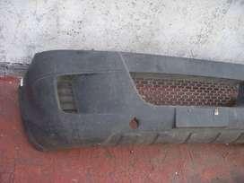 repuesto iveco, paragolpe delantero original con soportes incluidos iveco daily 2008 al 19