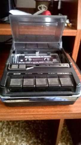 Pasa Cassette grabador Hitachi. Mod. TRQ 247