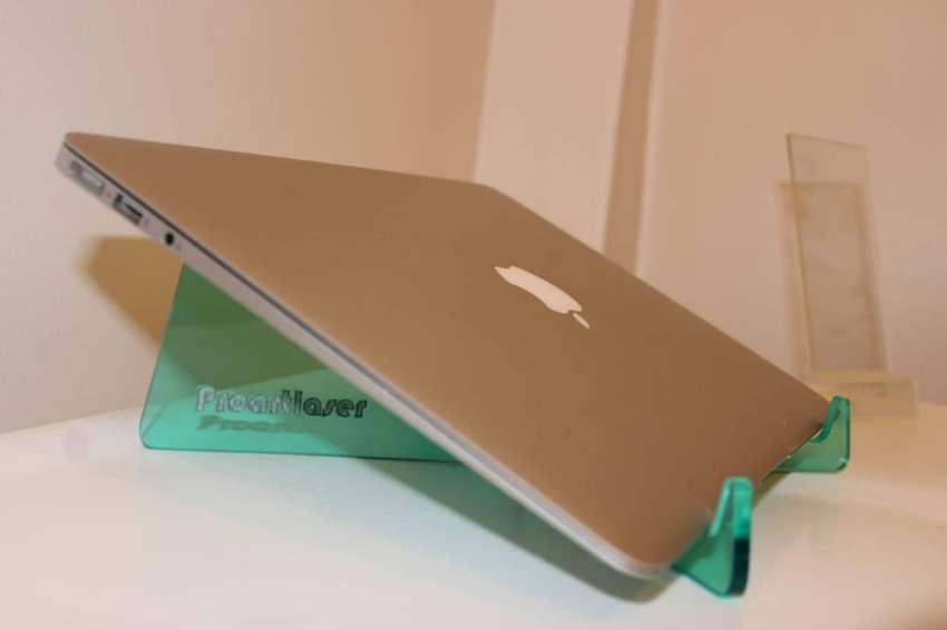Soporte  Para Notebook O Mac - acrilico 5 mm