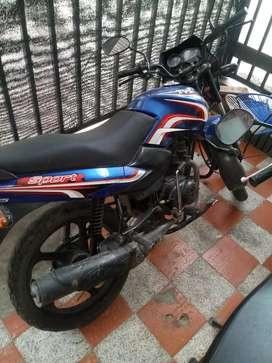 Alquilo moto tvs100