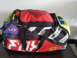 Vendo Maleta de Motocross