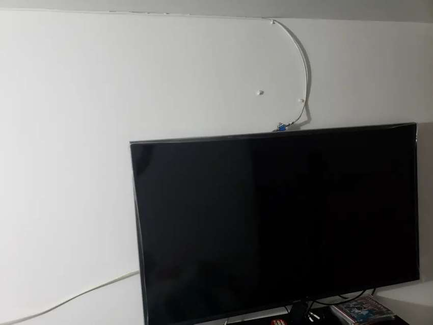 En venta televisor Samsung de 49 pulgadas smart tv 0
