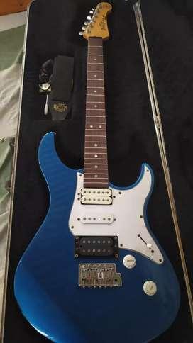 Guitarra electrica Yamaha pacífica 551
