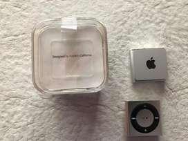 2 iPods shuffle 2gb