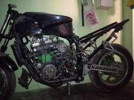 Se cambia   Kawasaki zx600