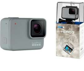 Vendo Gopro Hero 7 White  Memoria 32gb