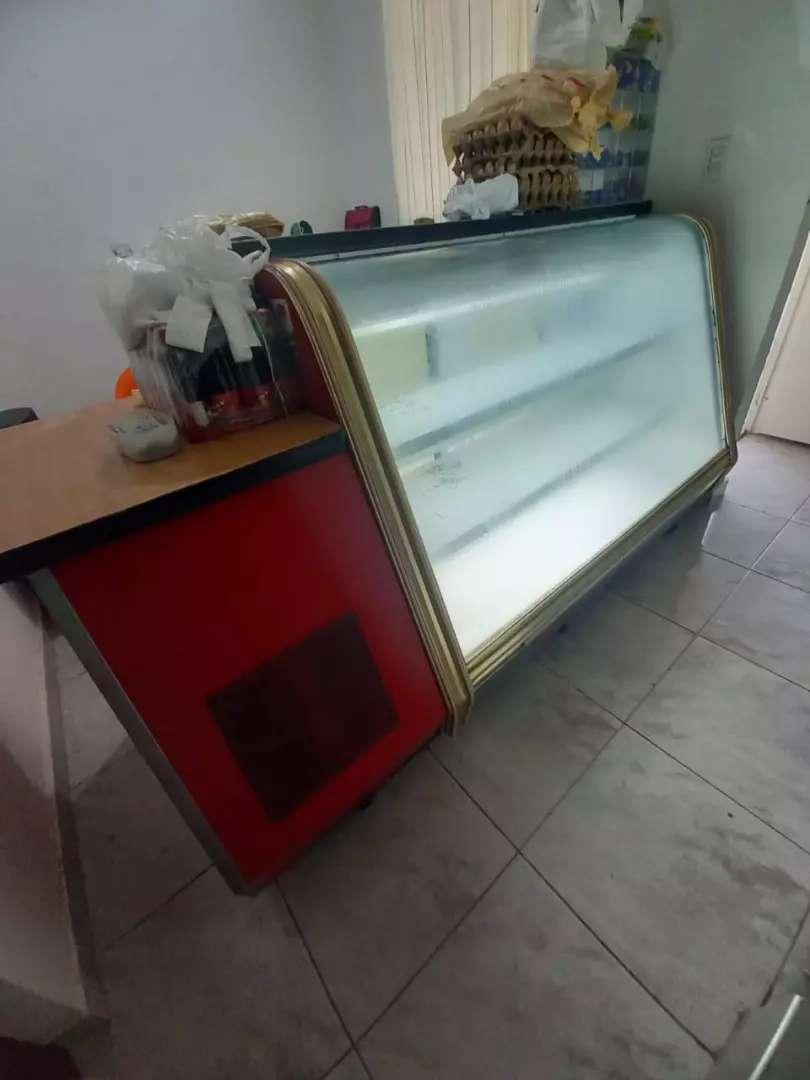 Se vende nevera mostrador refrigerador