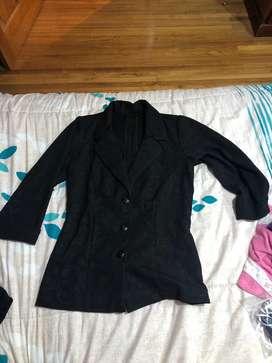 Saco negro hermoso