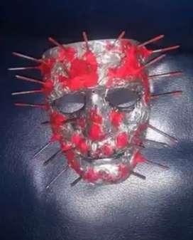 Mascara de puntillas