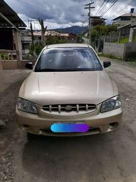 Vendo Hyundai Accent 2002 papeles al dia