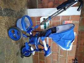 Triciclo paseador azul