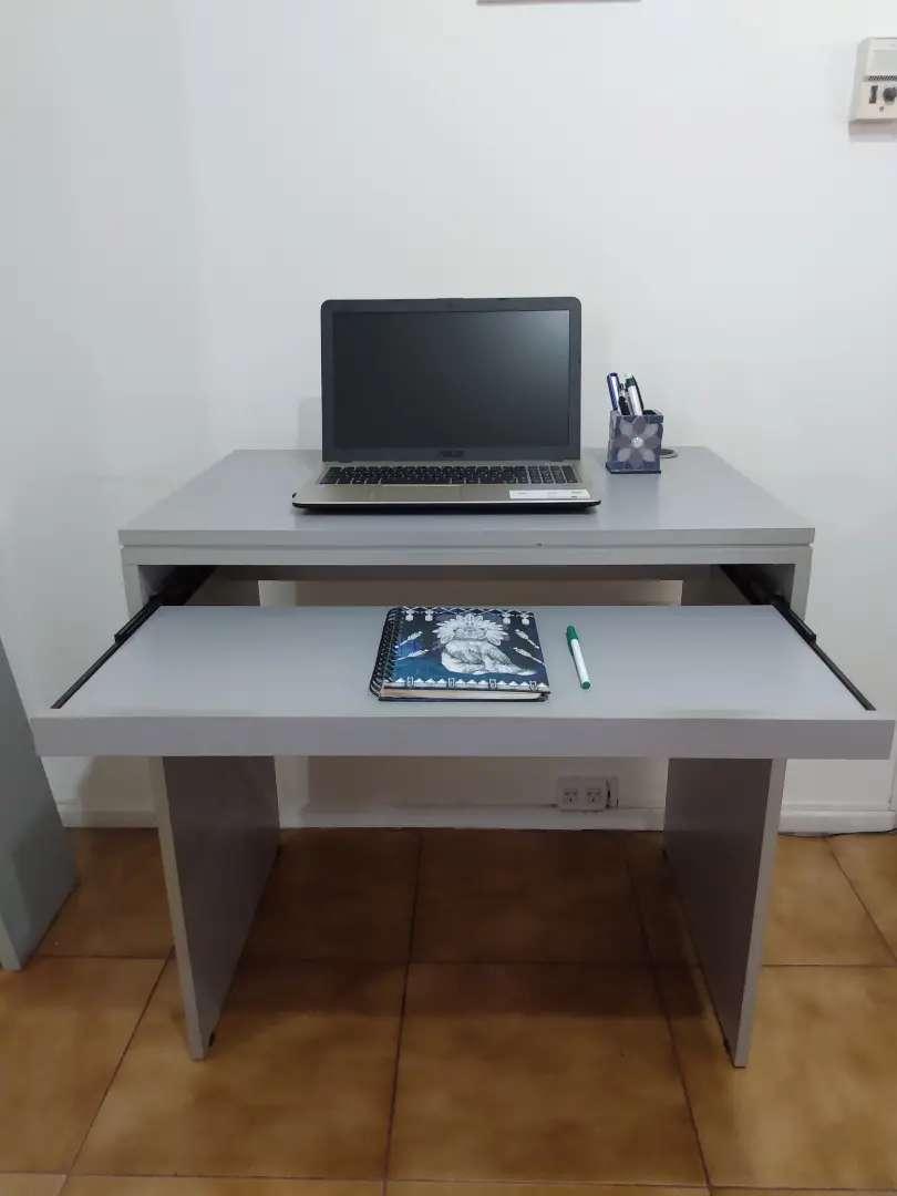 Escritorio + estante 0