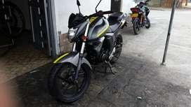 vendo moto Yamaha FZ 2.0 edición especial