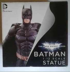 Batman The Dark Knight estatua figura DC Collectibles DC Comics
