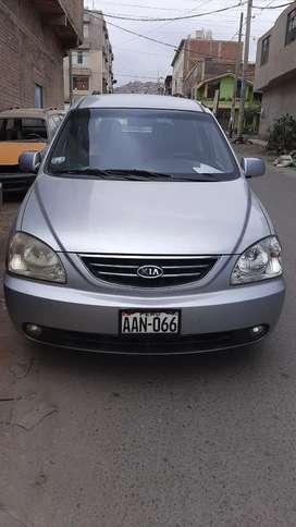 Vendo kia carens 2004 mecanico, full equipo, aire acondicionado, lunas electricas 3 filas de asientos motor ok