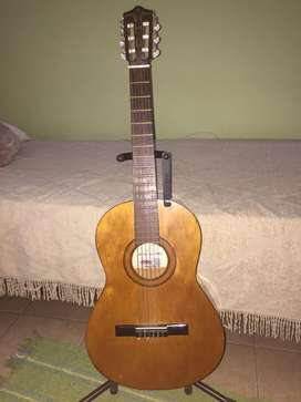 Vendo Guitarra Criolla de Estudio