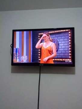 Tv de 24 pulg si tdt como nuevo