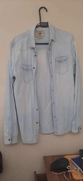 Camisas Zara y American Eagle