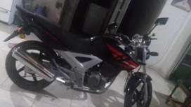Vendo moto honda twister 120.000