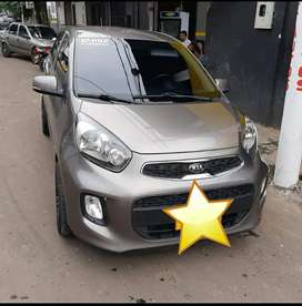 Vendo hermoso KIA PICANTO color gris