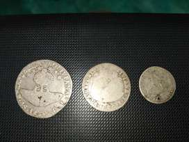 Antiguas monedas de plata