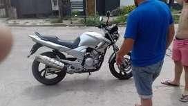 Vendo YBR 250cc