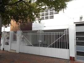 Arriendo casa Barrio Villa Nueva C001