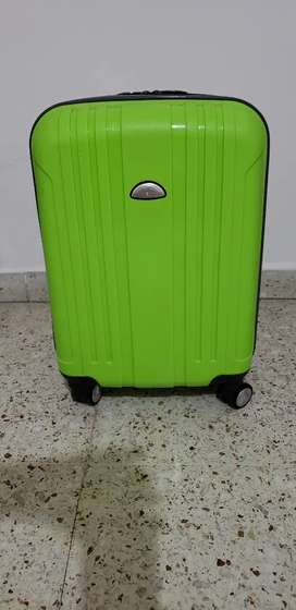 Vendo Valija Travel Tech.