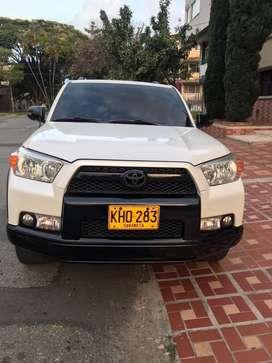 Toyota 4 runner exelente estado