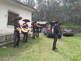 Mariachis en Quito sur Angamarca